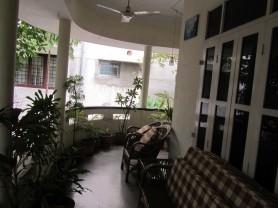 madras mellow inn balcony